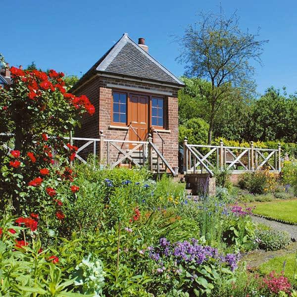 Hill Close Gardens