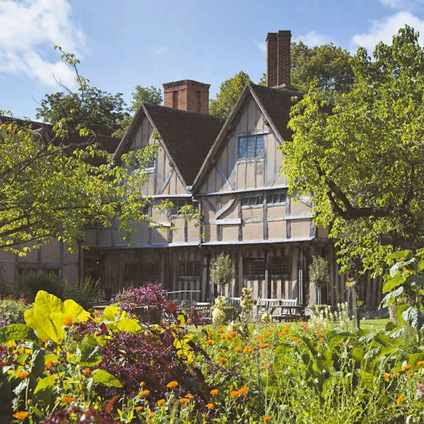 Shakespeare's Family Homes and Gardens